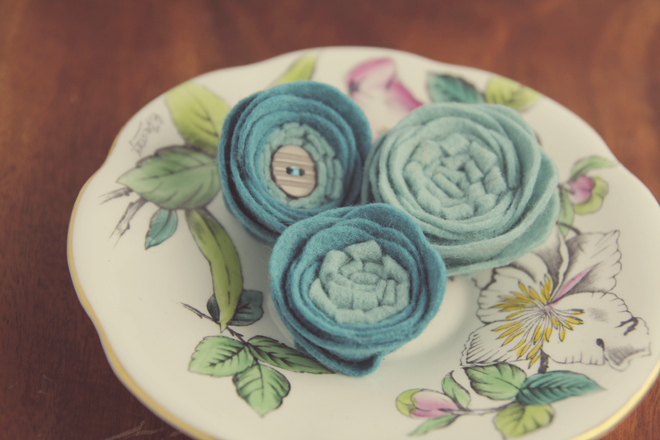 teal-aqua-felt-flowers-catshycrafts-tea
