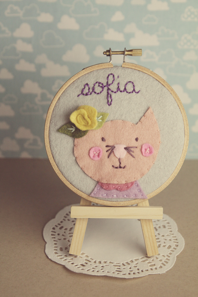 cat-personalized-hoop-art