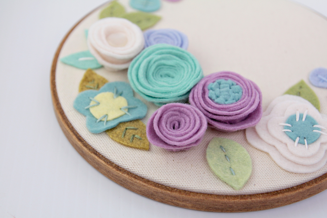 Catshy-Crafts-Blue-Lilac-Floral-Hoop-Art-Exclusive-BRIKA-2